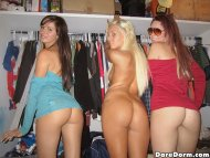 3 college girls