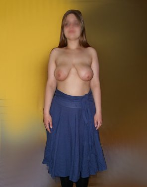 amateur photo My Blue skirt~! [F]