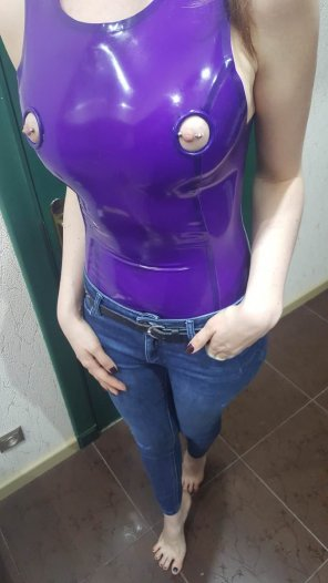 amateur photo Purple Latex