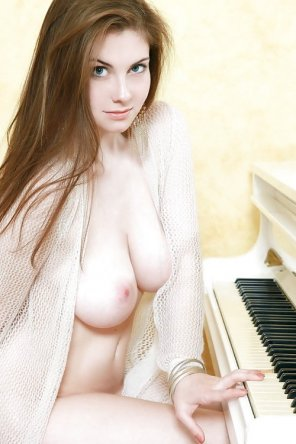 amateur photo At the piano