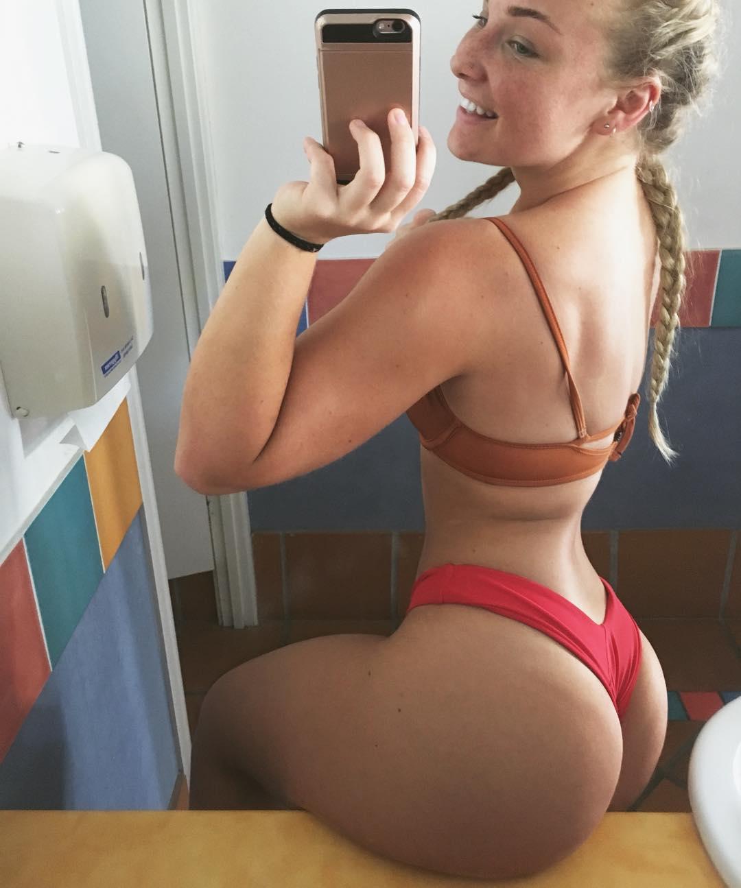 Ass Selfie Porn Blonde blonde braids and a fat ass porn pic - eporner