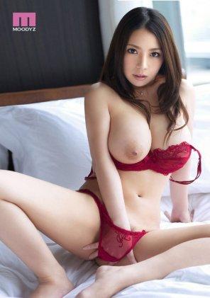 amateur photo Red lingerie