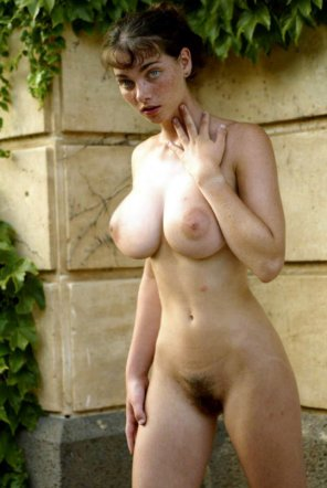 amateur photo large breast freckles french