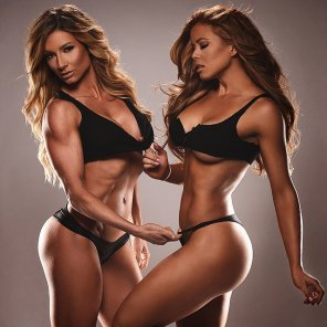 amateur photo Paige Hathaway & Ana Delia
