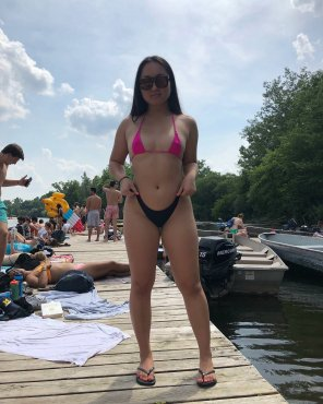 amateur photo Tiny tits, tinier bikini