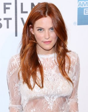 amateur photo Riley Keough