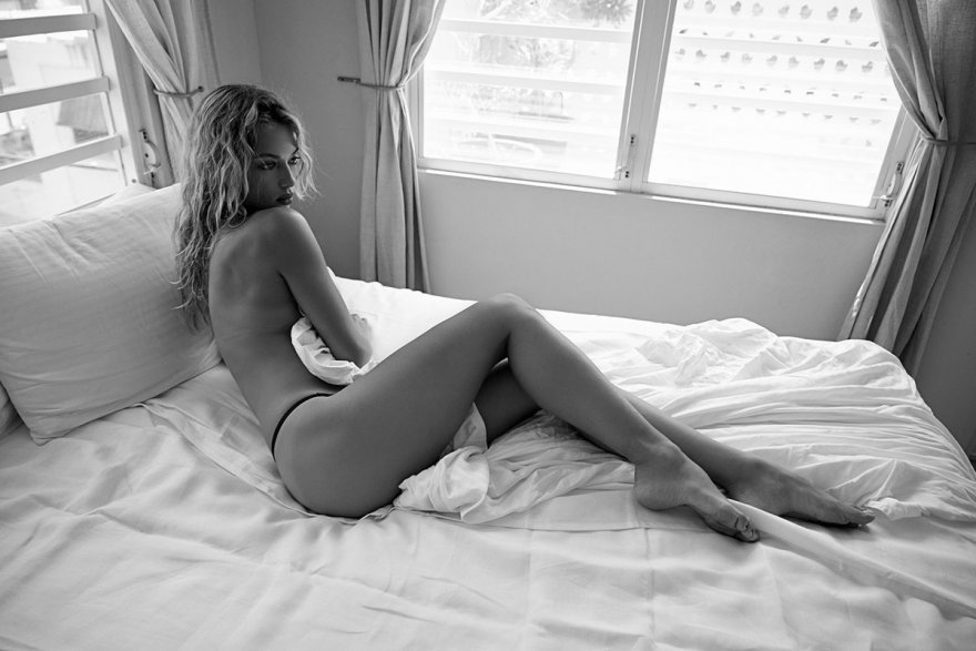 Hannah Ferguson Porn Photo