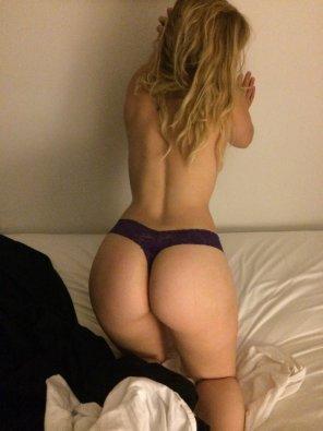 amateur photo Purple bed