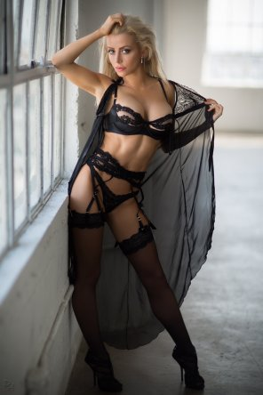 amateur photo Blonde in Black Lingerie