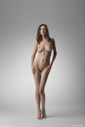 amateur photo Slender figure