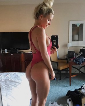 amateur photo Heidi Somers