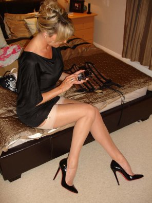 amateur photo Leggy Milf in stockings