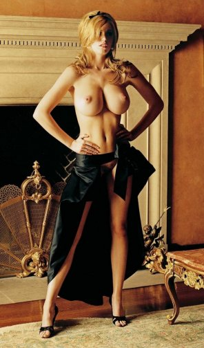 amateur photo Diora Baird!