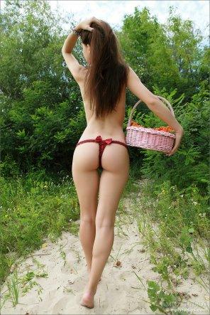 amateur photo Basket Case