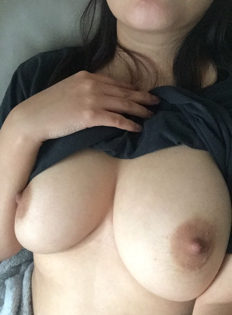 Suck my big tits com