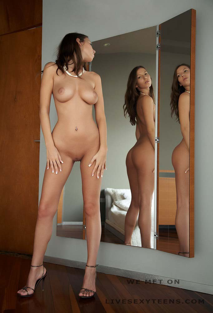 Big Tits Big Ass Brunette