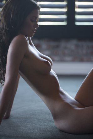 amateur photo Slim Brunette
