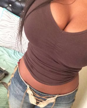 amateur photo PictureBrown top