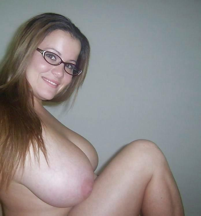 Twotop Webcam Big Tits Glasses