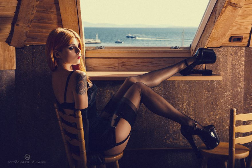 Amazing legs Porn Photo