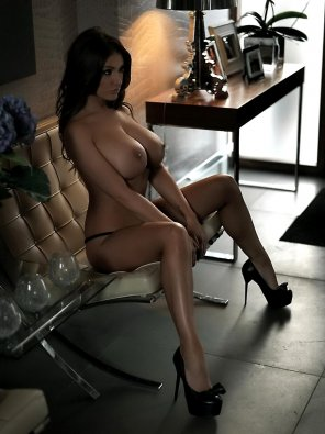 amateur photo Love me some Lucy Pinder