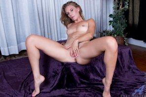 amateur photo Mona Wales - Sexy Mama