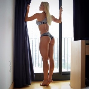 amateur photo Just enjoy Lauren Drain 😘