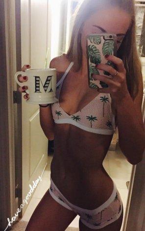 amateur photo Coffee cup