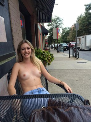 amateur photo Topless thursday