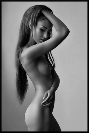 amateur photo Hand in her hair