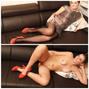 amateur photo Reclining in red heels