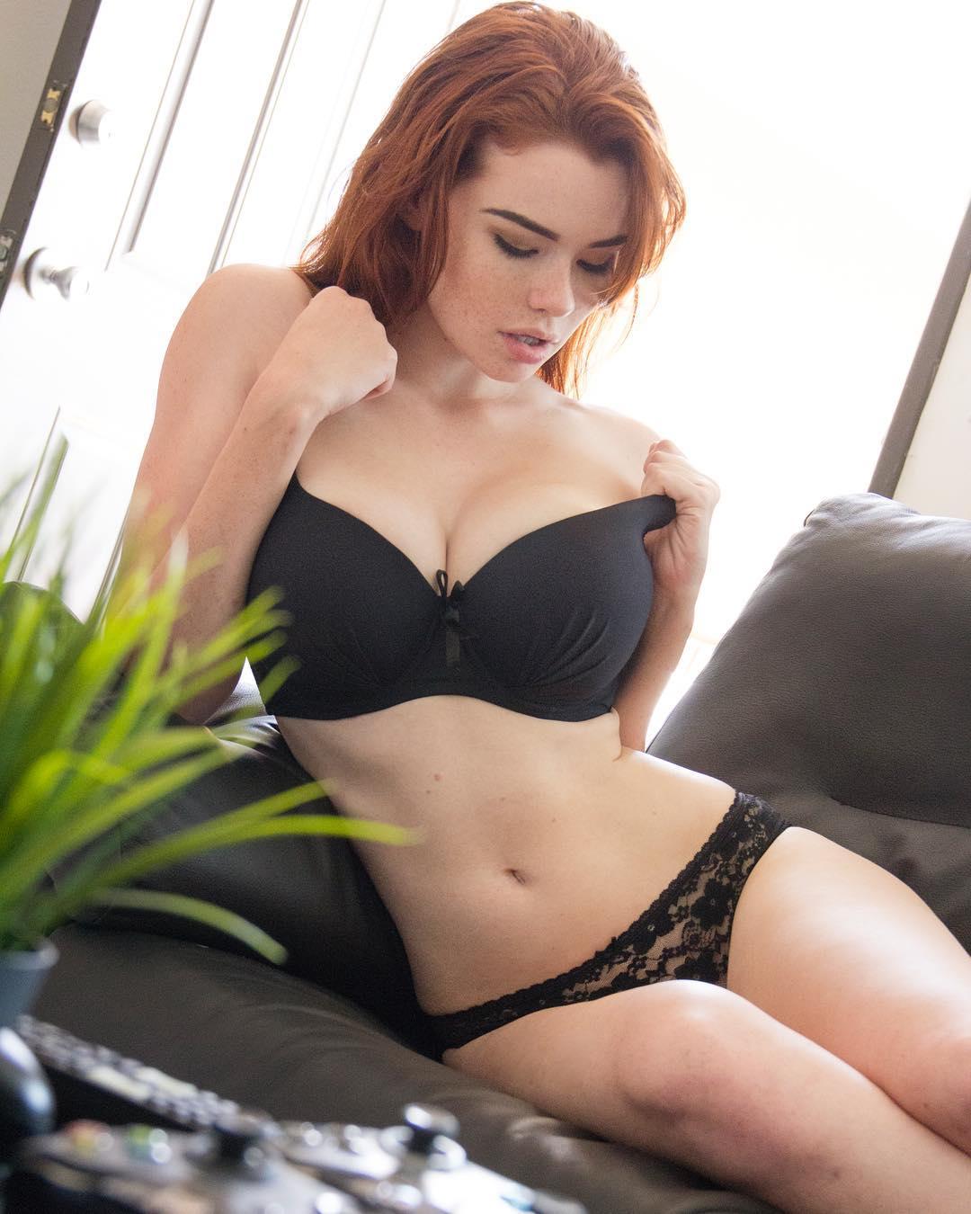 Fuck Sabrina Lynn nude (39 photo), Topless, Sideboobs, Feet, butt 2017