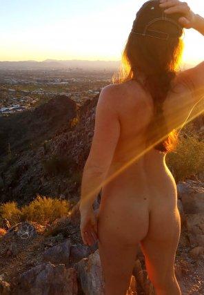 amateur photo Golden light gazing towards Phoenix 🌹