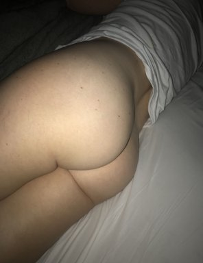 amateur photo Mom of 3 still got an nice ass? Let her know