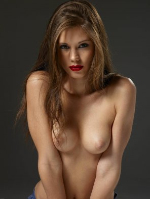 amateur photo Caprice - Red Lips