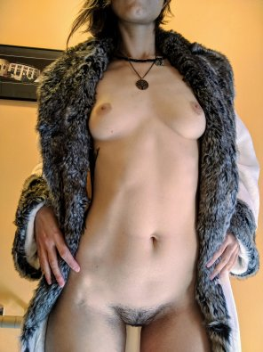 amateur photo Right be[f]ore I got naked for strangers in a figure drawing class