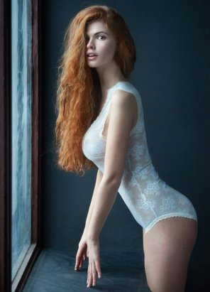 amateur photo Surprised redhead