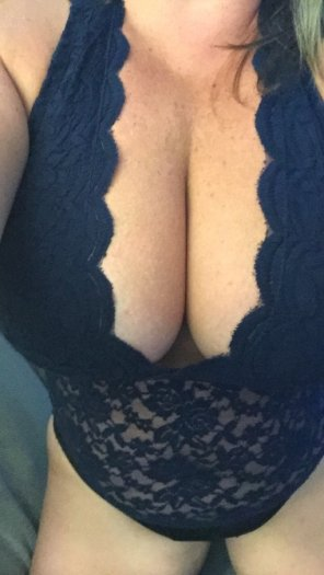 amateur photo Sunday lace