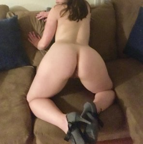 amateur photo Come and [f]uck my pawg ass on the couch my pussy is sopping wet slide in 💦😈