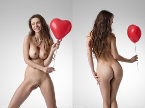 amateur photo Alisa I. and her balloons