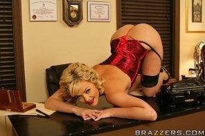 amateur photo Retro blonde in lingerie