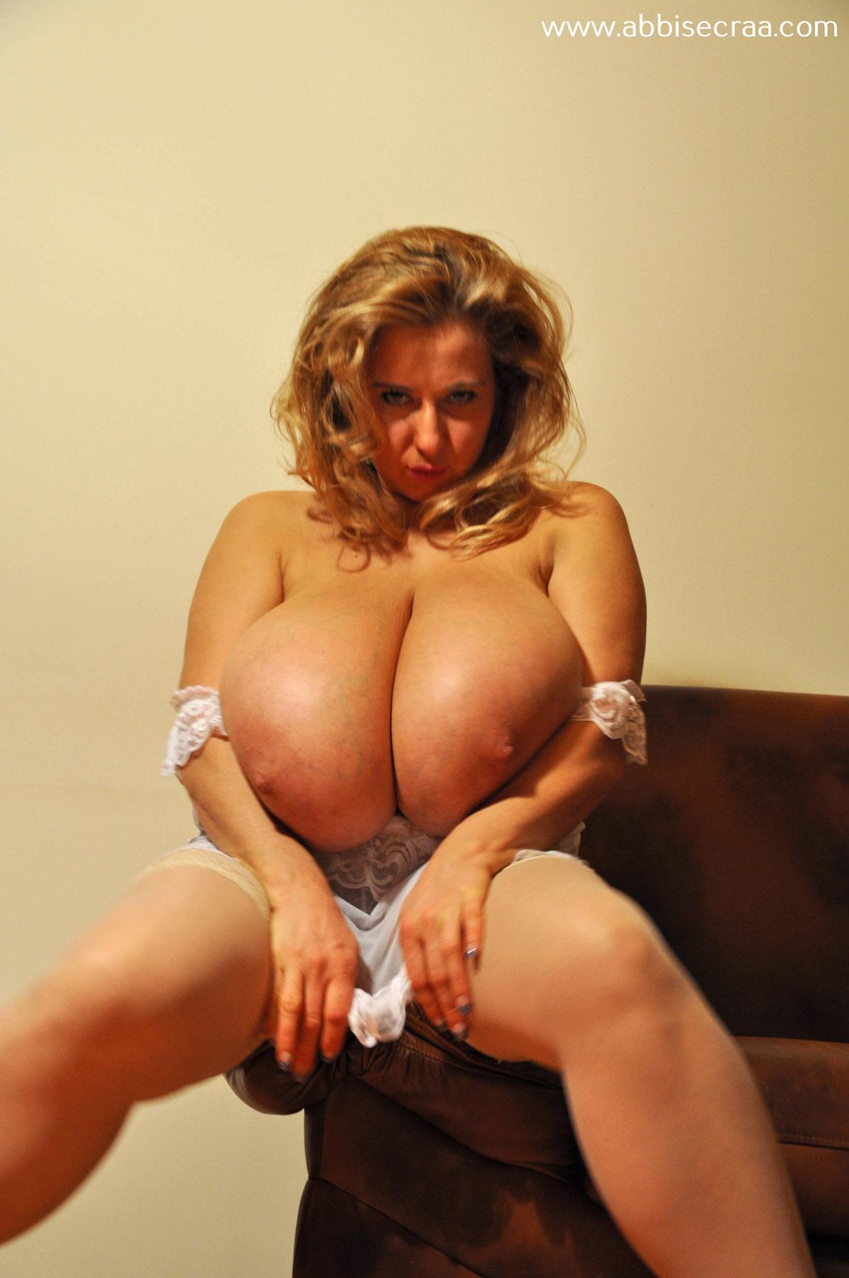 Abbi secraa nude