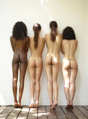 amateur photo Four butts
