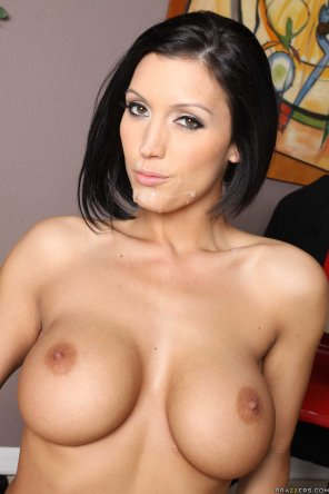 amateur photo Dylan Ryder Sticky