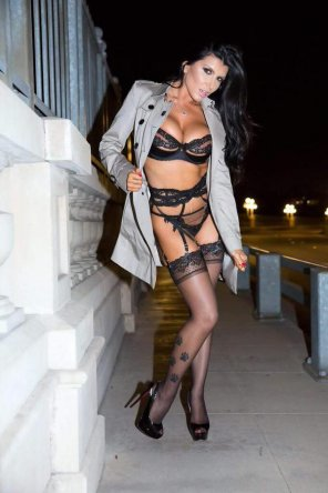 amateur photo Stockings, heels, trenchcoat... all a girl needs for a hot night on the town!