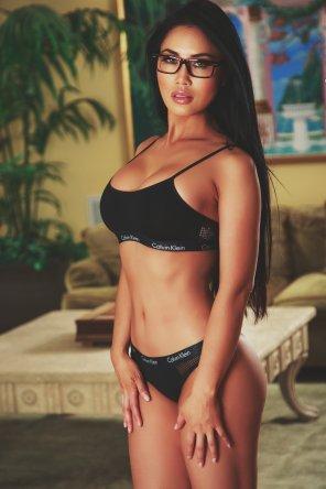 amateur photo Sports bra