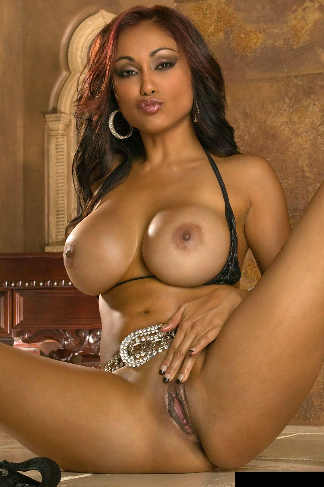 Priya Rai Porn Photo