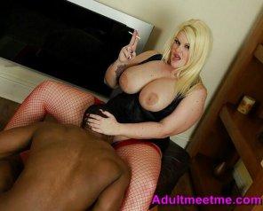 amateur photo Hot Blonde BBW Huge Tits