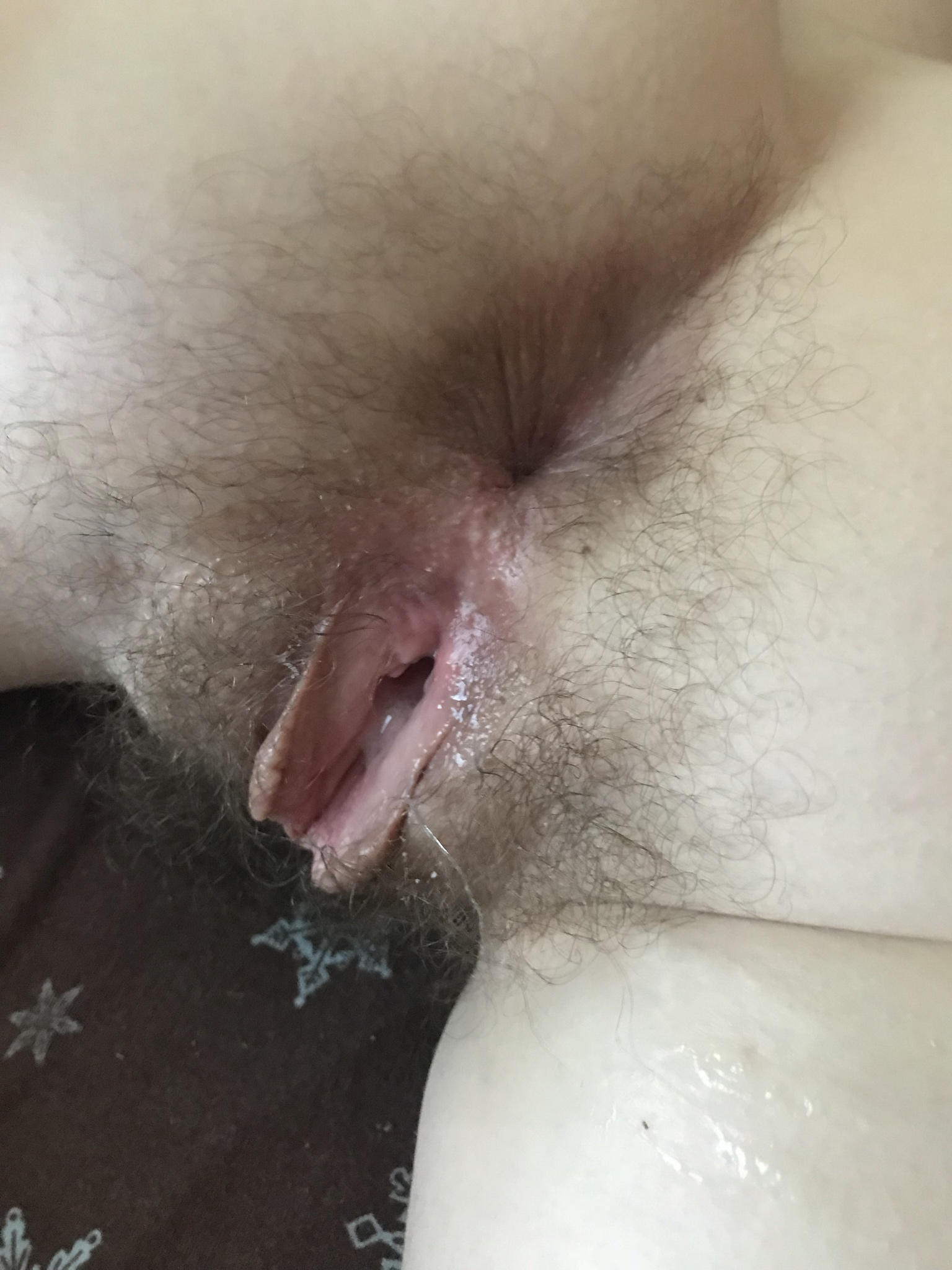 big cock gets fucked in pussy