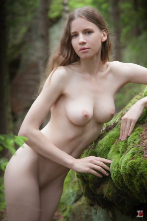 amateur photo Nastia in the wood